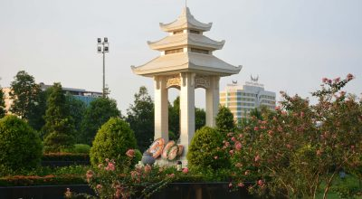 Đài tưởng niệm liệt sĩ Bắc Giang
